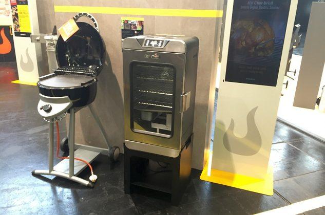 grill-neuheiten 2017-Grill Neuheiten 2017 CharBroil Elektrischer Digital Smoker SPOGA 2016 Koeln 633x420-Grill-Neuheiten 2017 von der Grillmesse SPOGA 2016 in Köln