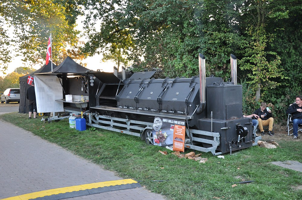 Ruhrpott BBQ 2016 in Waltrop + Oettinger Blindtest [Sponsored Post]-ruhrpott bbq 2016-Ruhrpott BBQ 2016 BBQWiesel 11