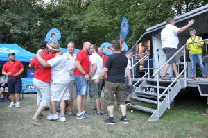 ruhrpott bbq 2016-Ruhrpott BBQ 2016 BBQWiesel 26 300x199-Ruhrpott BBQ 2016 in Waltrop + Oettinger Blindtest [Sponsored Post]