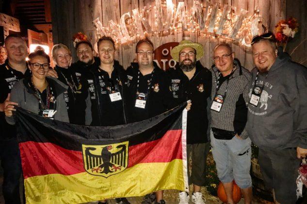 Jack Daniel's BBQ World Championship 2016 mit den BBQ Wieseln-jack daniel's bbq world championship 2016-Jack Daniels BBQ World Championship 2016 BBQ Wiesel 13 633x420