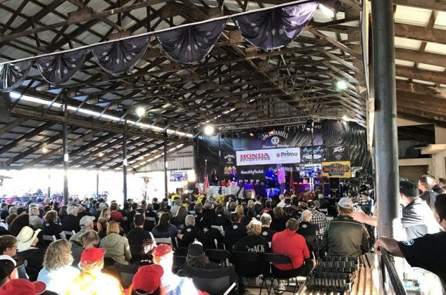 Jack Daniel's BBQ World Championship 2016 mit den BBQ Wieseln-jack daniel's bbq world championship 2016-Jack Daniels BBQ World Championship 2016 BBQ Wiesel 25 633x420