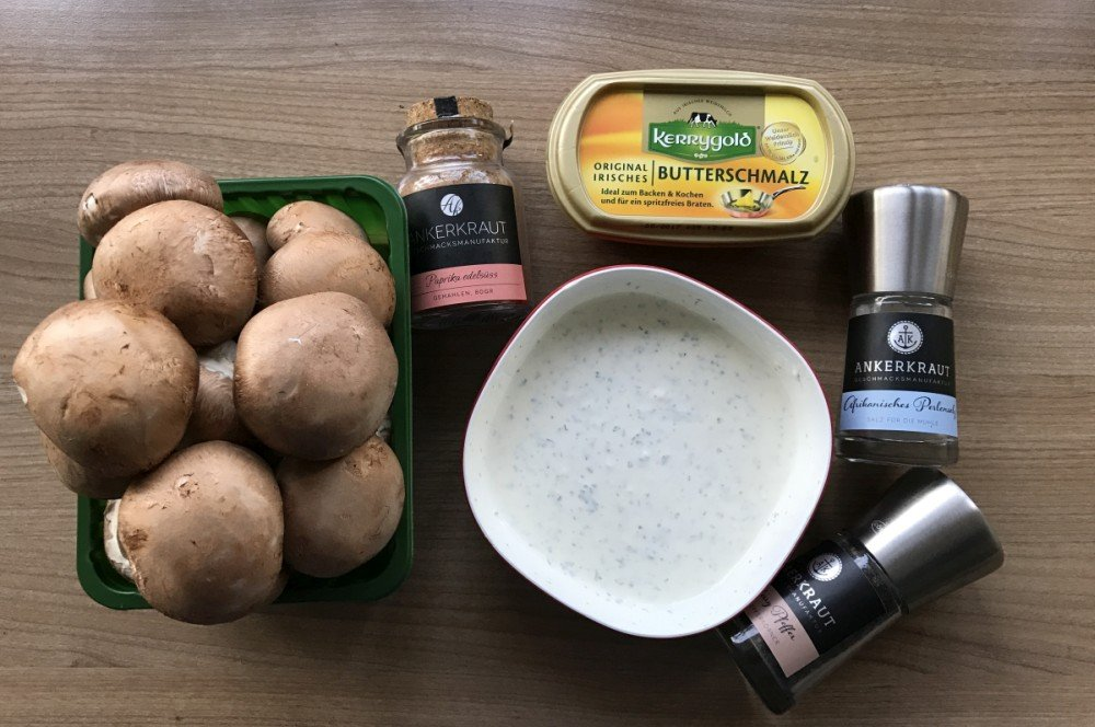 Zutaten für Champignon-Pfanne Gebratene Champignons mit Knoblauch-Dip wie vom Weihnachtsmarkt-gebratene champignons-Gebratene Champignons wie vom Weihnachtsmarkt 01