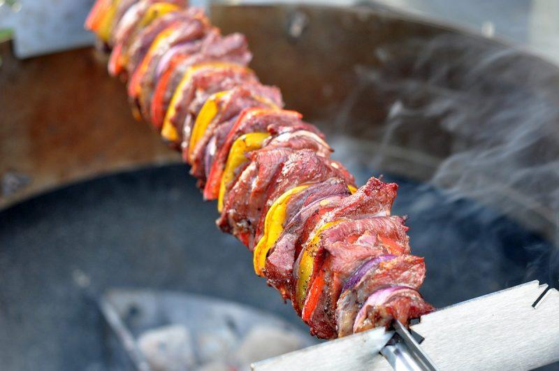 fleischspieß-Iberico Fleischspiess Paprika Zwiebel 800x531-Iberico Fleischspieß mit Paprika und Zwiebeln