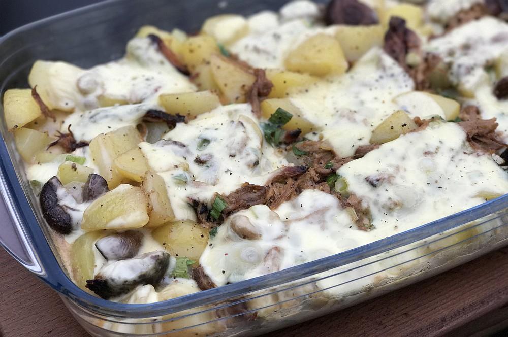 Pulled Pork Auflauf pulled pork auflauf-Pulled Pork Auflauf Kartoffeln Raclette Kaese 03-Pulled Pork Auflauf mit Kartoffeln und Raclette-Käse