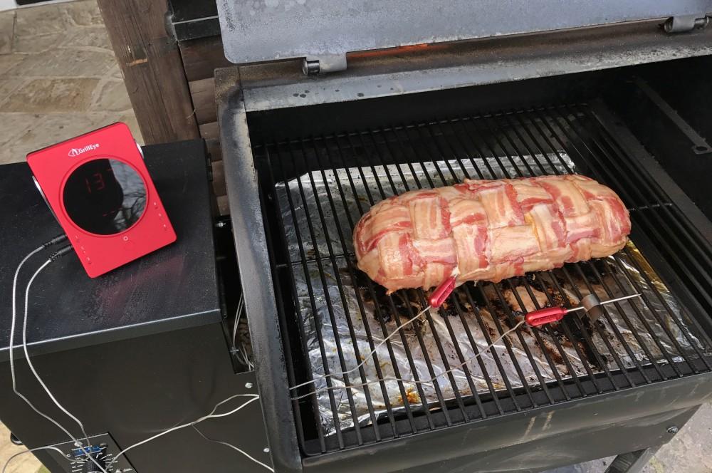 Bacon Bomb mit Paprika und Cheddar bacon bomb mit paprika-Bacon Bomb Paprika Cheddar 05-Bacon Bomb mit Paprika und Cheddar