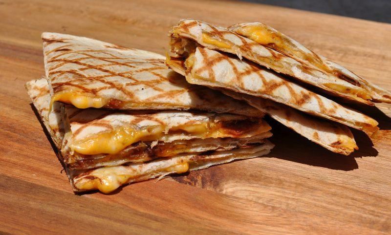 quesadillas-Quesadillas Bacon 800x481-Quesadillas mit Bacon und Frühlingszwiebeln