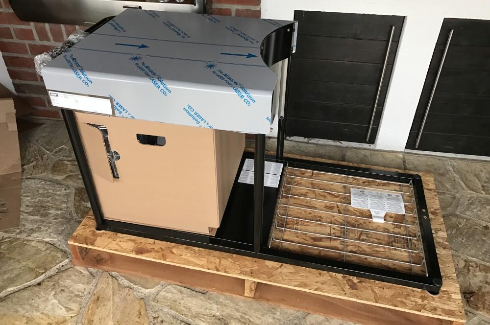 weber summit charcoal grill center unboxing aufbau. Black Bedroom Furniture Sets. Home Design Ideas