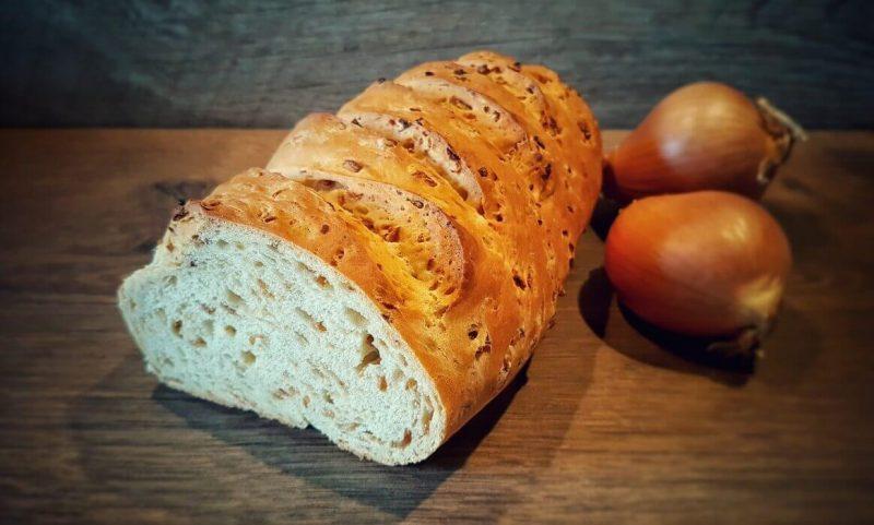 zwiebelbrot-Zwiebelbrot 800x481-Zwiebelbrot – Rezept für selbstgebackenes Brot
