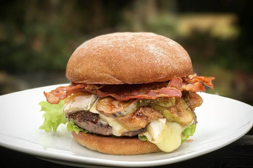 Brie Burger brie burger-Brie Burger mit Feigen 05-Brie Burger mit Feige und Bacon