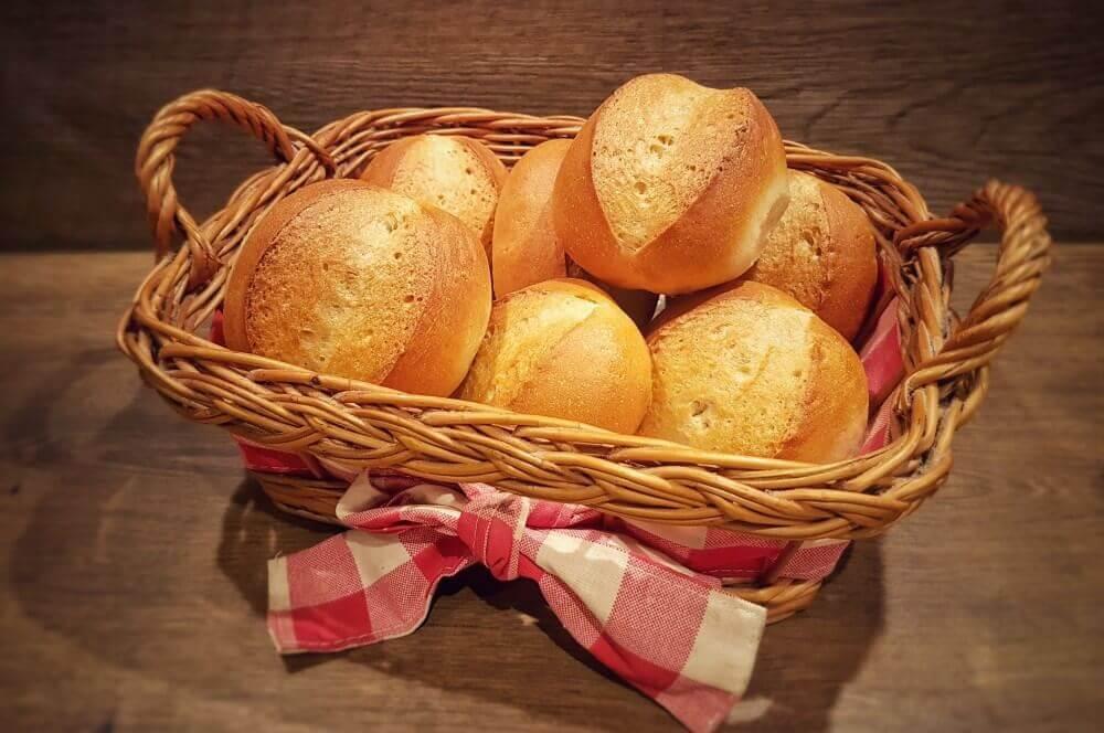 Bäckerbrötchen brötchen-Broetchen Baeckerbroetchen Sonntagsbroetchen 14-Brötchen backen – Rezept für Bäckerbrötchen / Sonntagsbrötchen