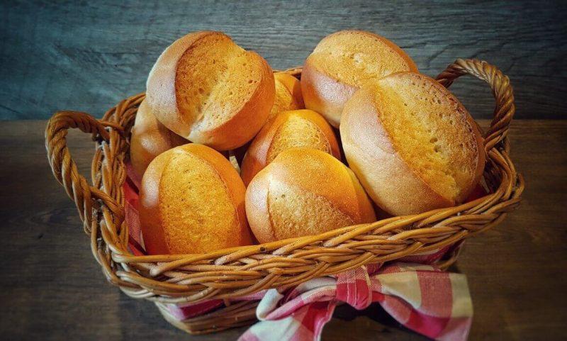 brötchen-Broetchen Baeckerbroetchen Sonntagsbroetchen 800x481-Brötchen backen – Rezept für Bäckerbrötchen / Sonntagsbrötchen