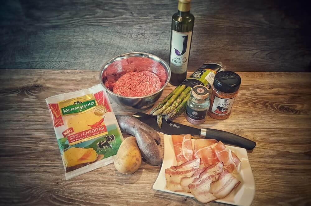 Kerrygold Cheddar mit Chili Spargel Bacon Bomb mit Chili-Cheddar-spargel bacon bomb-Spargel Bacon Bomb 01