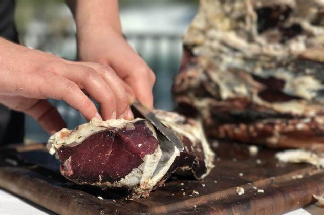 büffelfleisch-Bueffelfleisch Bueffel Bill 10 633x420-Büffelfleisch – Mehr als eine Alternative zu Rindfleisch?