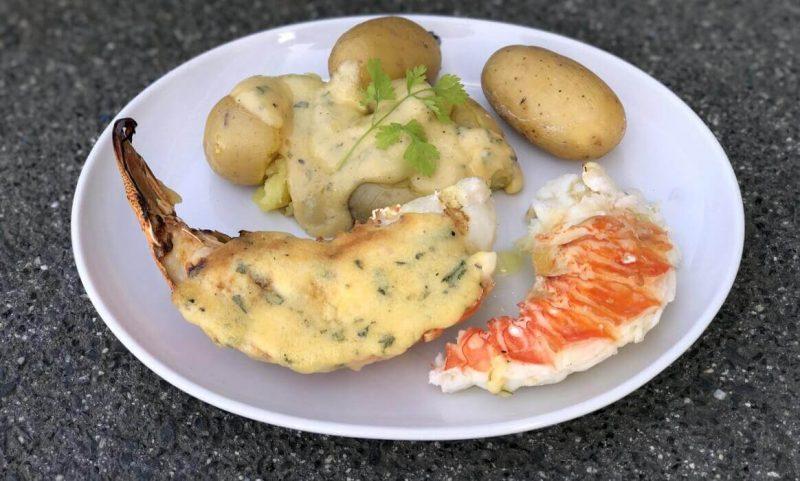 parmesan-hollandaise-Gegrillte Langustenschwaenze Parmesan Hollandaise 800x481-Gegrillte Langustenschwänze mit Parmesan-Hollandaise