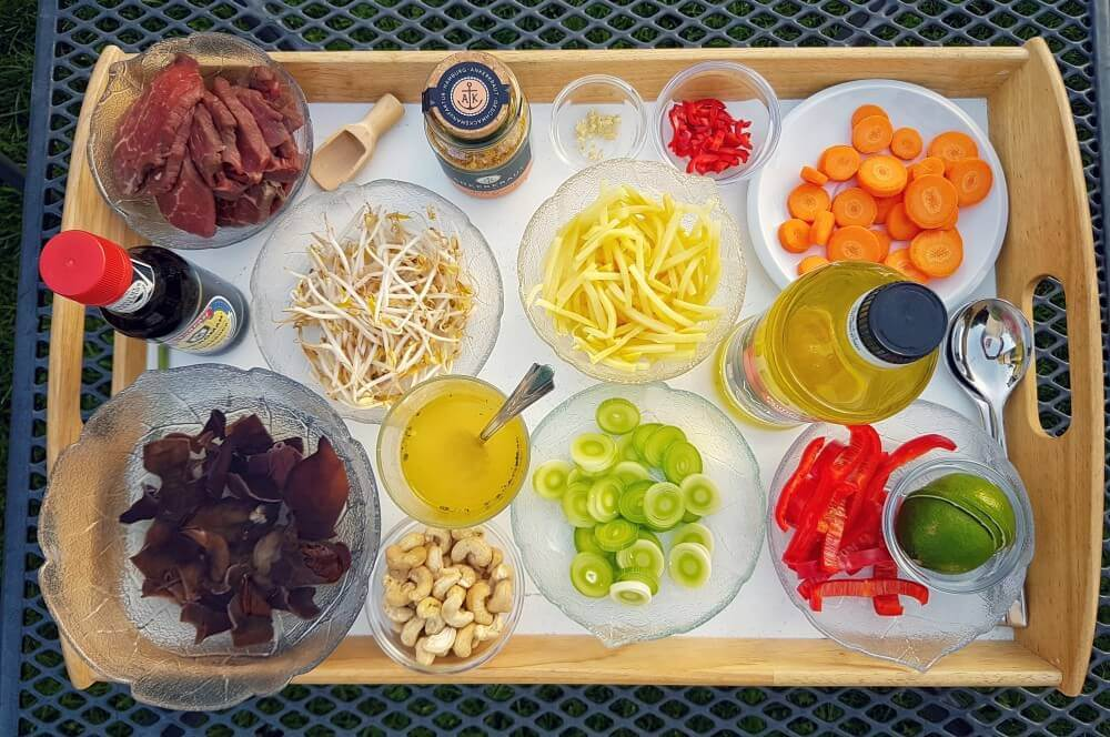 Asiatische Rinderfiletstreifen Asiatische Rinderfiletstreifen mit Gemüse und Cashews aus dem Wok-asiatische rinderfiletstreifen-Asiatische Rinderfiletstreifen Wok 02