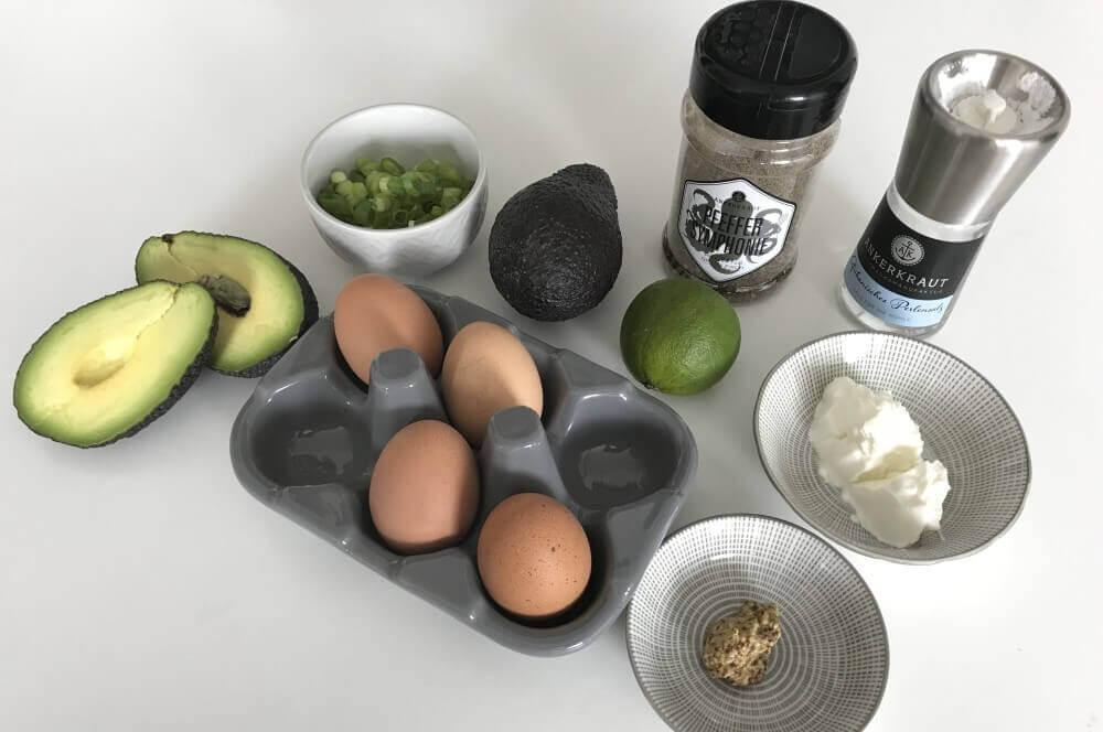 Avocado-Eiersalat avocado-eiersalat-Avocado Eiersalat 01-Avocado-Eiersalat ohne Mayonnaise