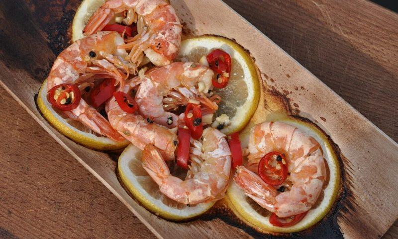 geplankte garnelen-Geplankte Garnelen Chili Zitrone 800x481-Geplankte Garnelen mit Chili & Zitrone