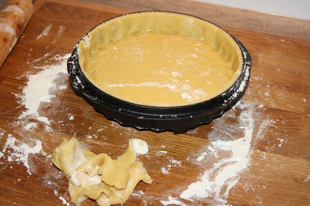 Teig für Quiche Lorraine quiche lorraine-Quiche Lorraine franzoesischer Speckkuchen 06-Quiche Lorraine – Rezept für französischen Speckkuchen