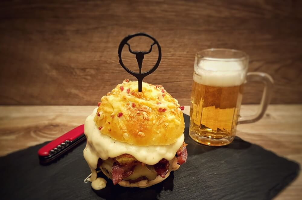 "Big Rösti Burger rösti burger-Big R  sti Burger McDonalds Rezept 05-Rösti Burger – Rezept für den Alpenburger nach ""Big Rösti""-Art"