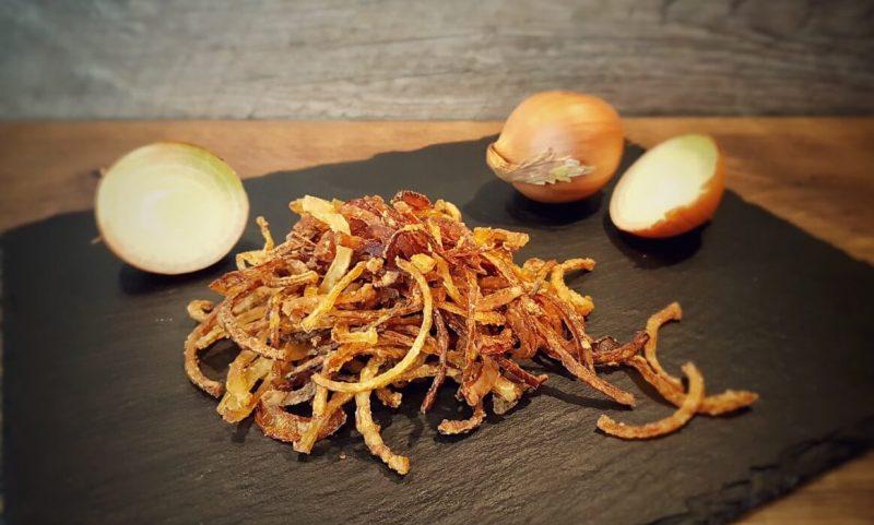 röstzwiebeln-Roestzwiebeln selber machen knusprig 800x481-Röstzwiebeln selber machen – knusprig & lecker