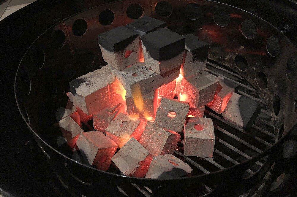 McBrikett Grillstarter Brikett mcbrikett grillstarter briketts-McBrikett Grillstarter Briketts 05-McBrikett Grillstarter Briketts & Kokoko Cubes im Test