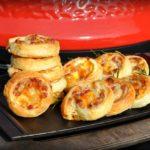 blätterteigschnecken-Blaetterteigschnecken Speck Schmand Kaese 07 150x150-Blätterteigschnecken herzhaft gefüllt mit Speck & Käse