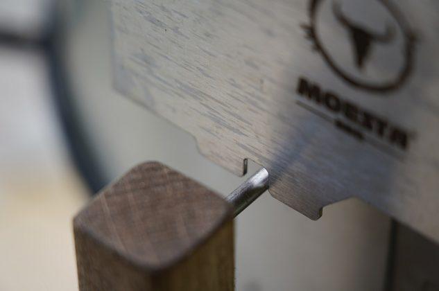 turnado-Turnado Moesta BBQ Test 03 633x420-Turnado von Moesta-BBQ – Elektrischer Spießdreher für Kugelgrills